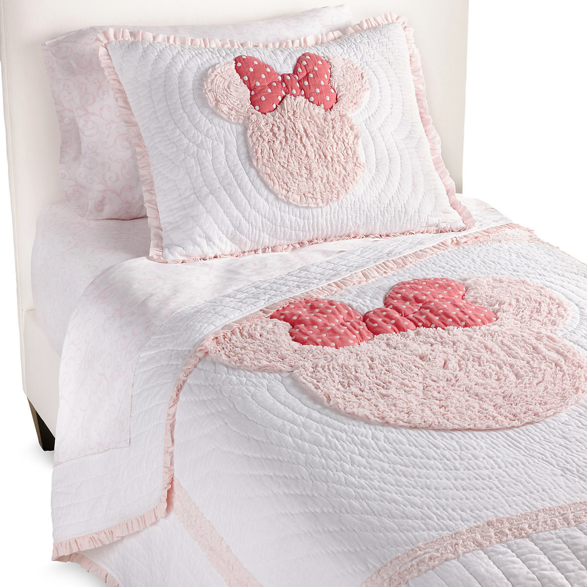 ◎送料込み◎  Minnie Mouse Really Ruffle Quilt by Ethan