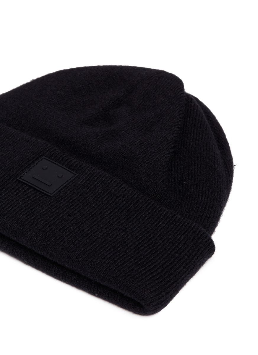 【国内発送】ACNE 'Knut L Face' emoticon patch wool beanie