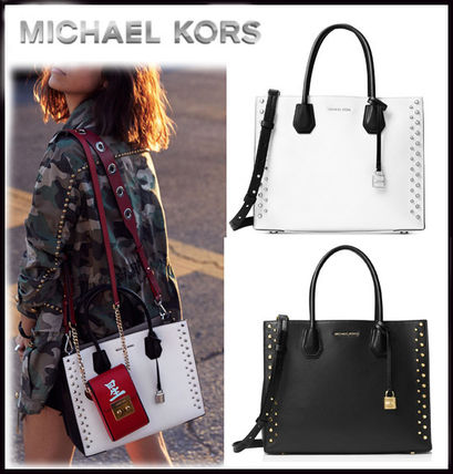 MICHAEL KORS★MERCER LARGE STUDDED LEATHER TOTE 国内発送!