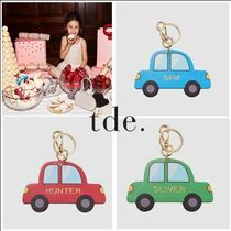 The Daily Edited(ザ デイリー エディテッド) キッズバッグ・財布その他 イニシャル☆日本未入荷【The Daily Edited】Car Keychain