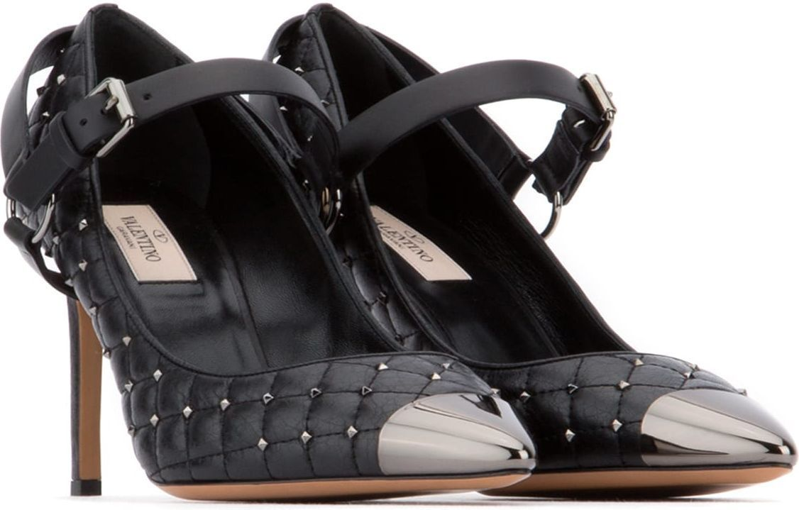 Valentino Garavani□【人気】Black Rockstud Spike パンプス