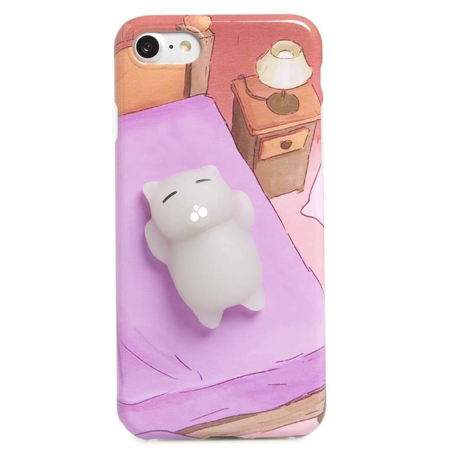 ビーピー Squishy Cat in Bed iPhone 7/8 Case