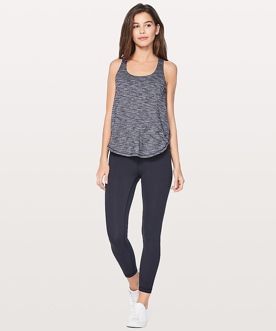 lululemon☆Free To Be Serene 2 in 1 Tankブラ付きタンク navy