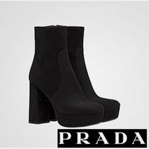 PRADA 高級素材でクール&エレガントに Black Ankle Boots