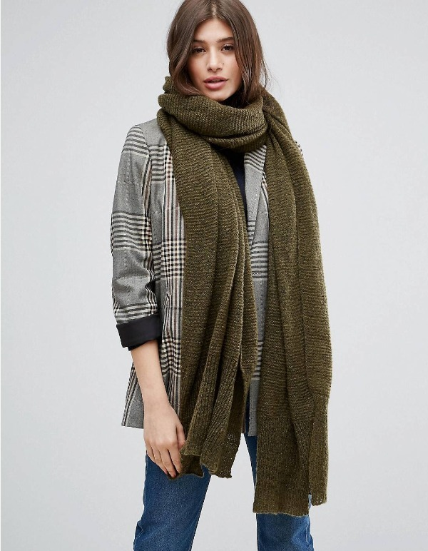 送料込み・日本未入荷 ASOS Oversized Long Knit Scarf