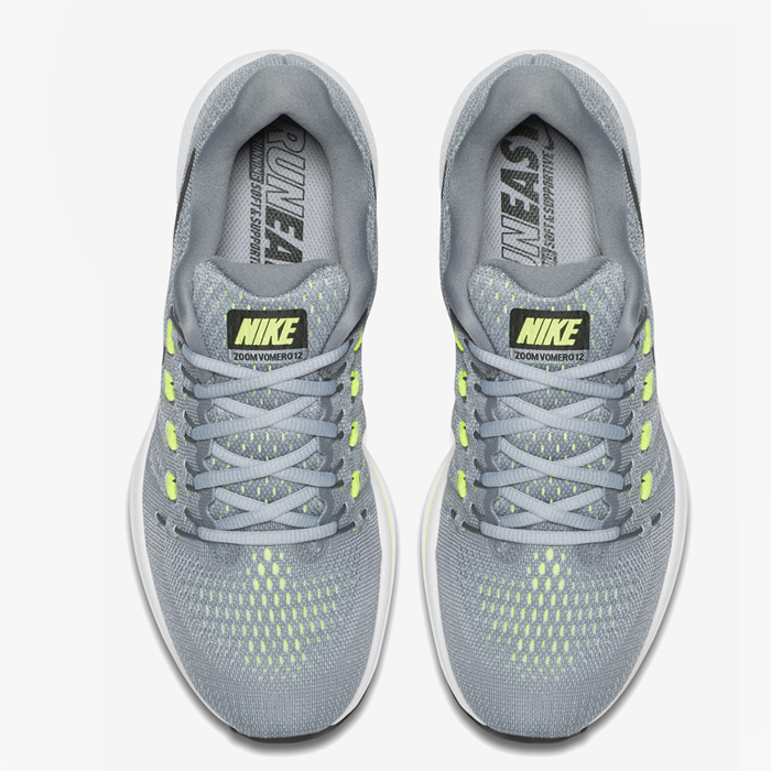 NIKE★関税込み★AIR ZOOM VOMERO 12★GREYスニーカー★0262