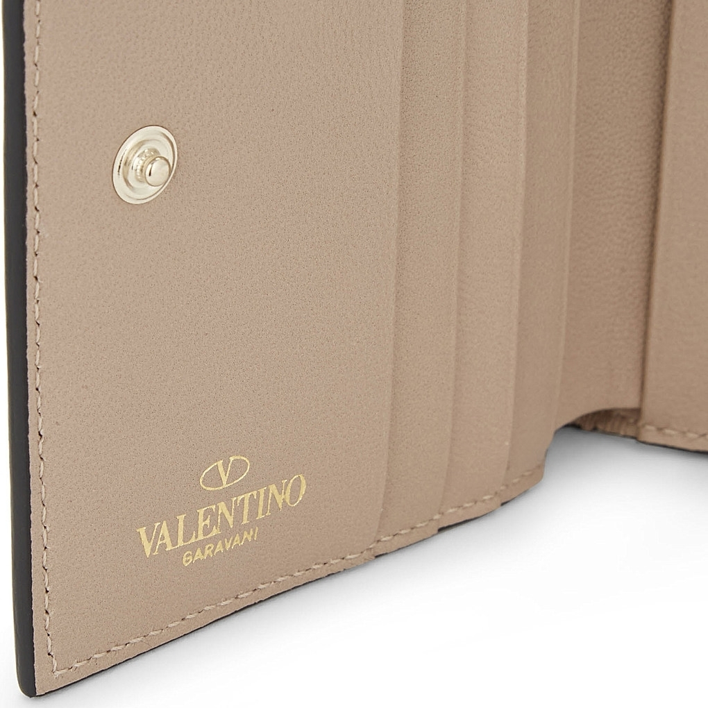 【国内発送】Valentino 財布 Rockstud leather French wallet