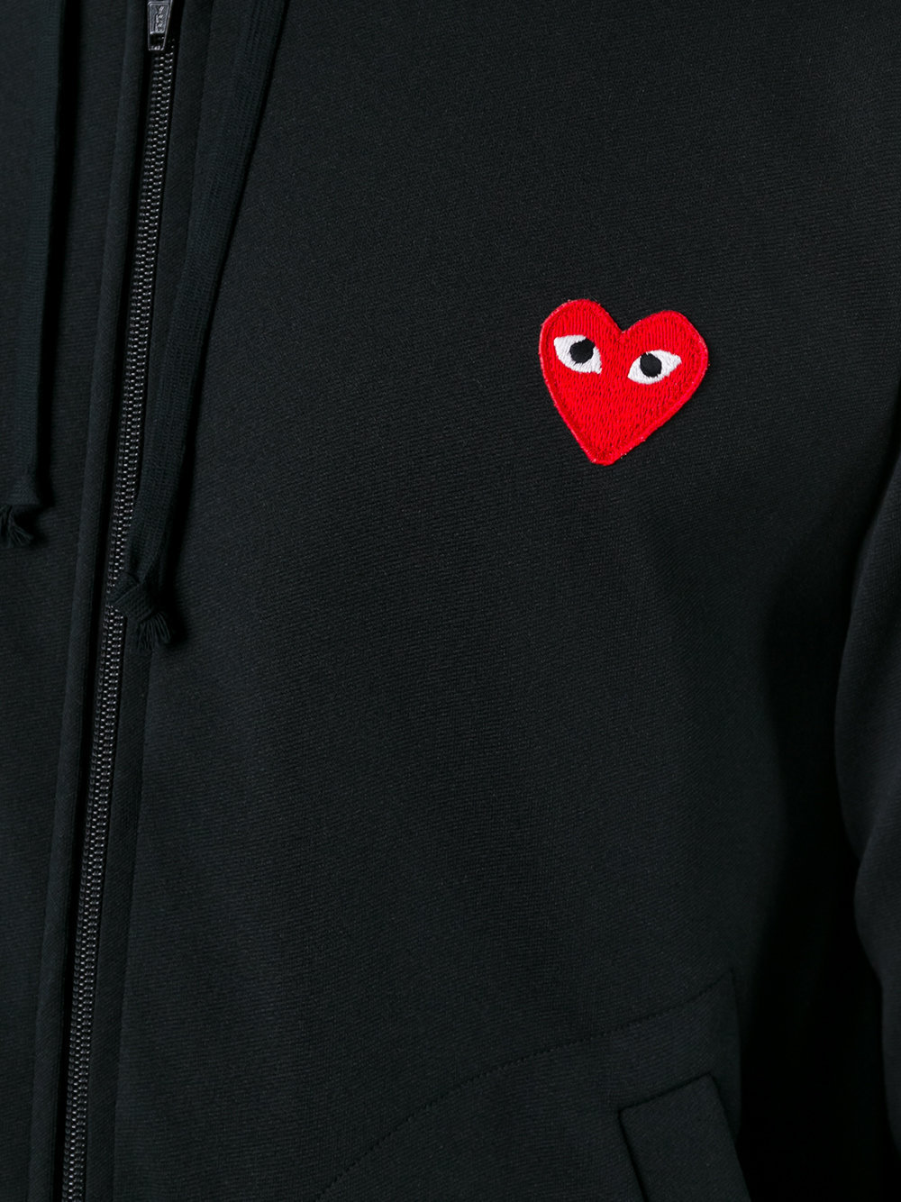〇 Comme Des Garcons Play  ハートロゴジップパーカー
