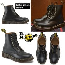 Dr. Martens Pascal 8 Eye ブーツ ブラックヴィンテージスムース