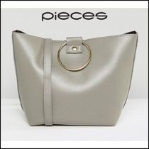 Pieces(ピーシーズ) トートバッグ 【Pieces(ピーシーズ)】 Bucket Bag With Ring Handles