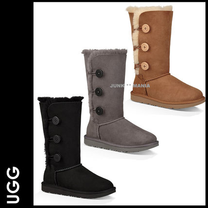 UGG キッズブーツ ★追跡付【UGG】BAILEY BUTTON TRIPLET II
