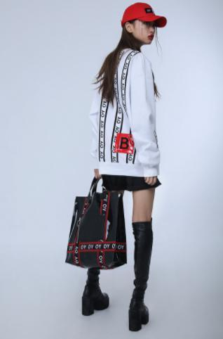 ◇OY◇韓国人気◇ 正規品/TAPE TOTE BAG キャップ レッド バック
