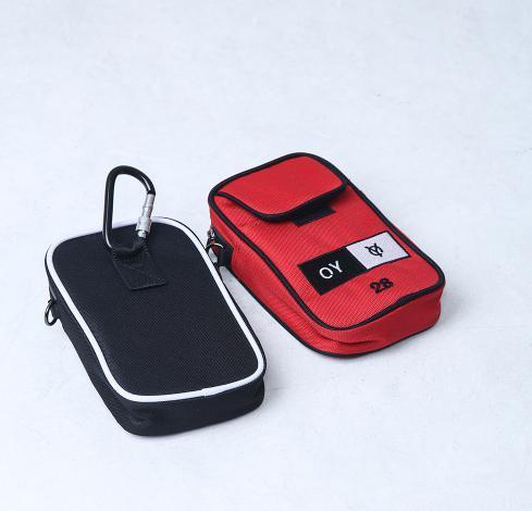 ◇OY◇韓国人気◇ 正規品/ OY CROSS POUCH - RD レッド バック
