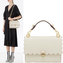 FE1850 KAN I BAG WITH WAVY DETAIL