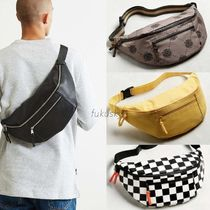 Urban Outfitters★新作★送料込 UO Crossbody 2.0 Sling Bag チ