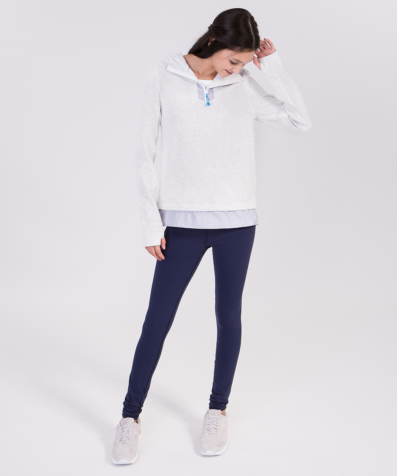 <ivivva by lululemon>Drills And Frills Hoodie ライトグレー