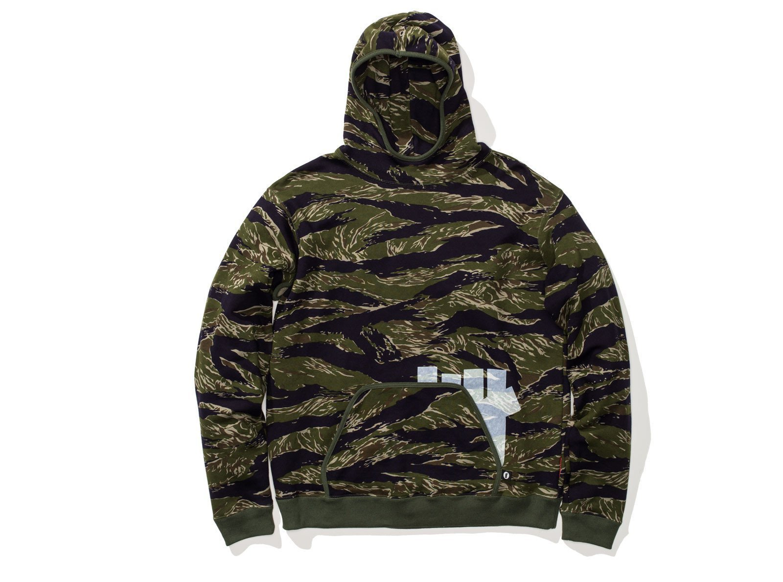 【UNDEFEATED x GOODENOUGH】☆大人気コラボ☆VENTED HOODIE