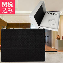 LOEWE★SALE!ロゴエンボス レザークラッチバッグ 関税込み