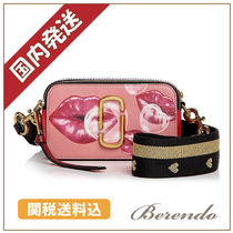 国内発送◆MARC JACOBS Snapshot Printed Lips クロスボディ