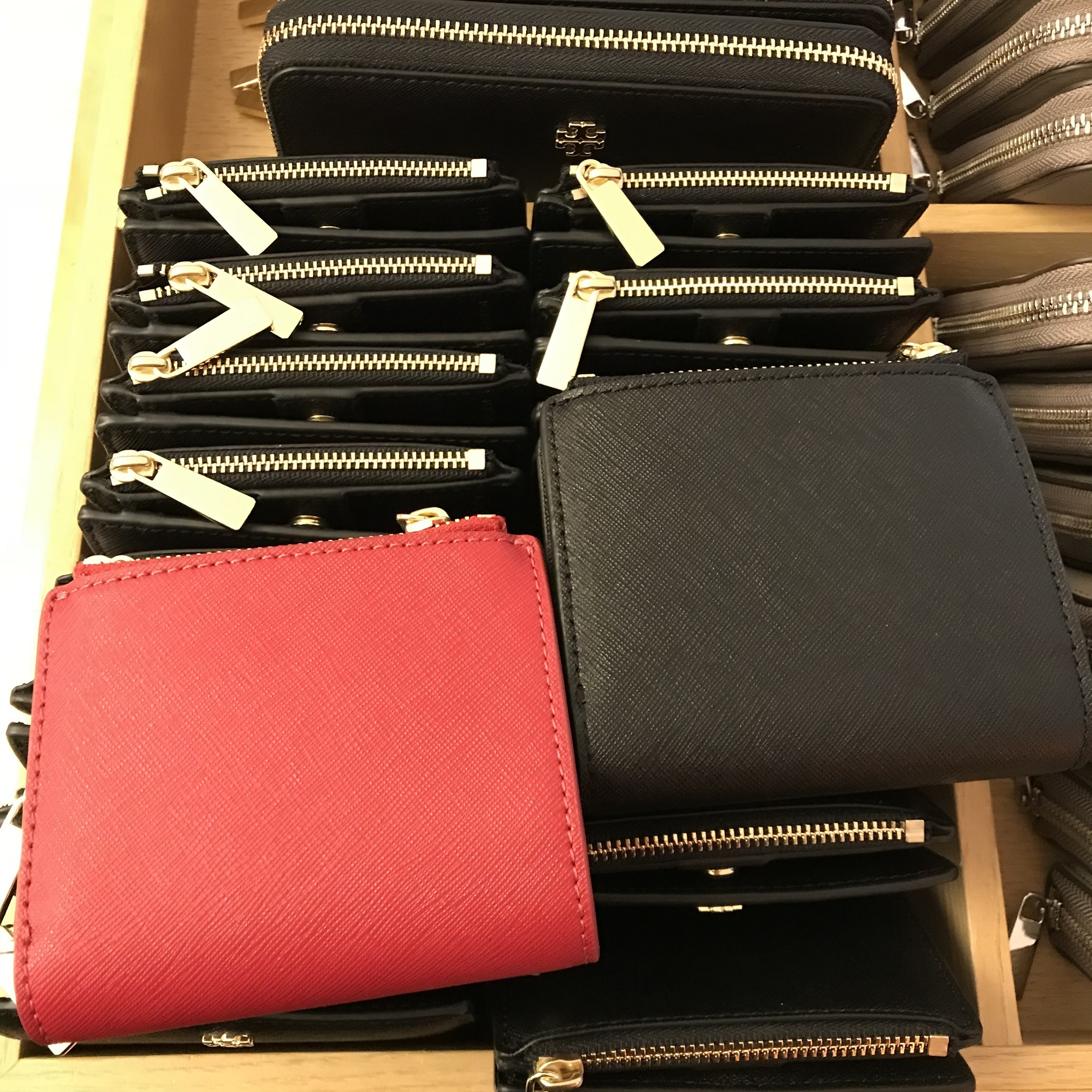 Tory Burch 新作★ミニ財布★Emerson Mini Wallet