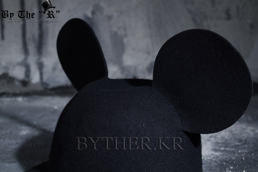 ★韓国の人気★BTHR★ByTheR Custom Mouse Ear Hat★