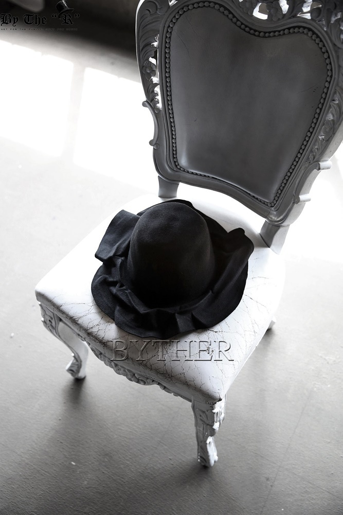 ★韓国の人気★BTHR★ByTheR Hard Wrinkle Felt Fedora Hat★