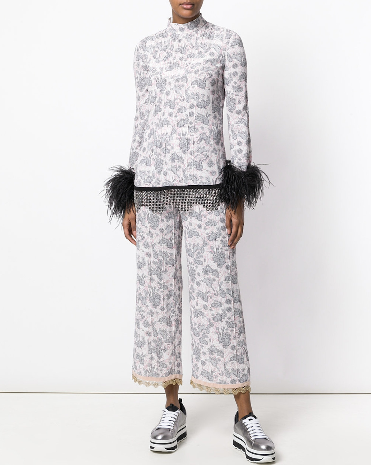 PR978 LOOK22 RABIT & LILY PRINTED TOP WITH FEATHER TRIM