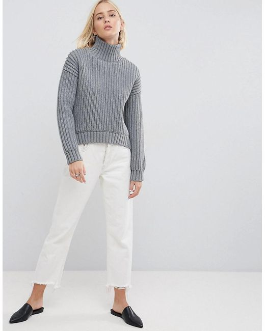 WHITE Knit Jumper With Curved Hem