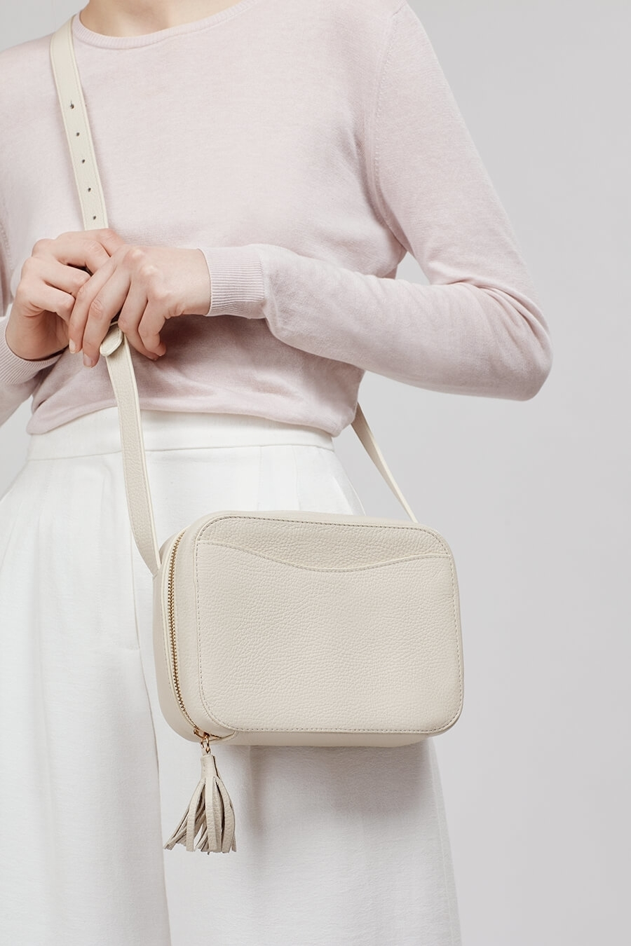 CUYANA(クヤナ)Mini Tassel Bag