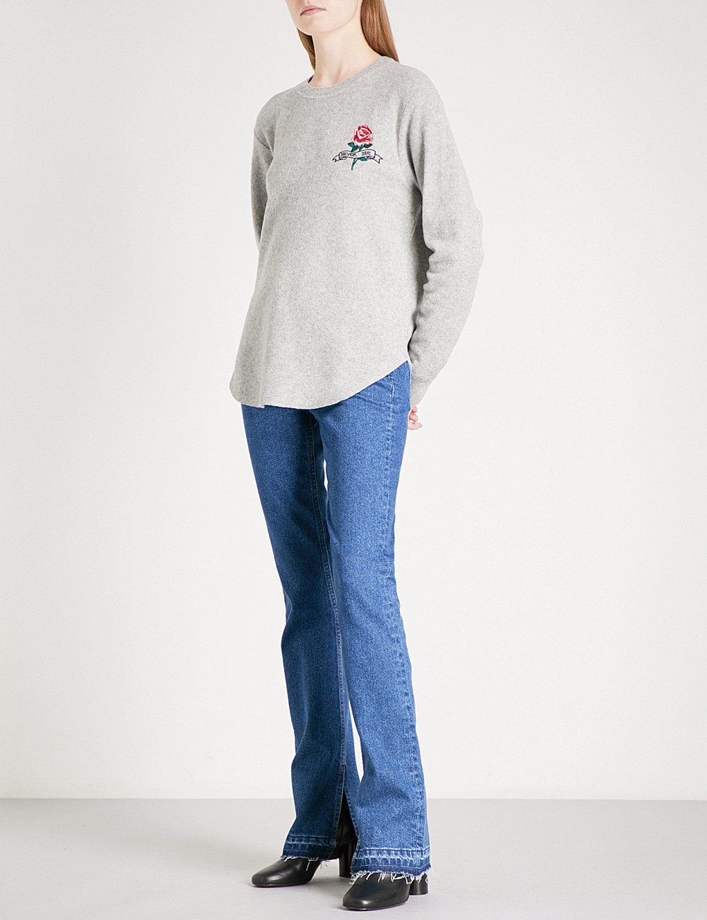 【海外限定】sandroセーター☆Rose-embroidered wool sweatshirt