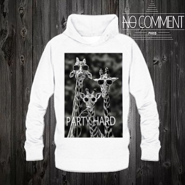 ★NO COMMENT PARIS★パーカー  party hard   送料関税込