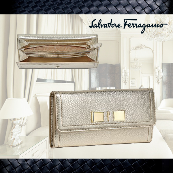 SALE【Salvatore Ferragamo】★Vara Bowコンチネンタル長財布
