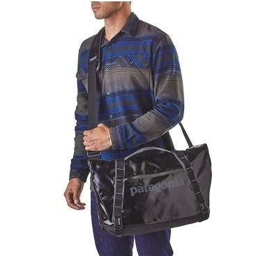 日本未入荷★Patagonia Black Hole Messenger Bag 24L  Black