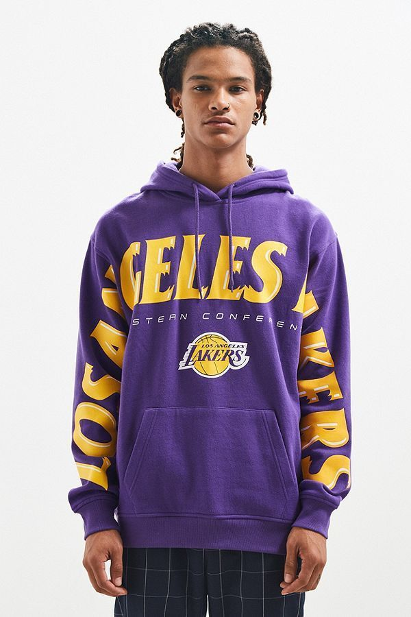URBAN OUTFITTERS NBA ロサンゼルス・レイカーズ パーカー