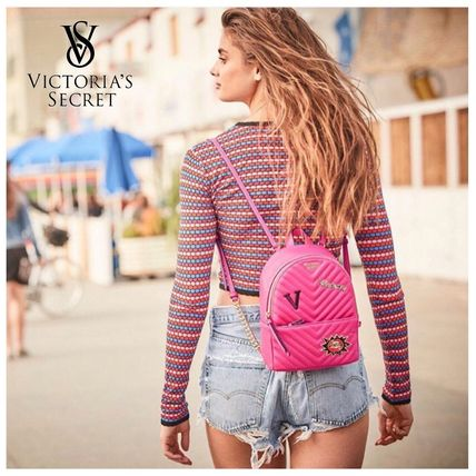Victoria's Secret バックパック・リュック 2018 NEW! 最新作★ Super COOL Pebbled V-Quilt Small Backpack(2)