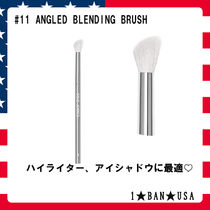 KYLIE COSMETICS☆ANGLED BLENDING BRUSH☆アイシャドウ  #11
