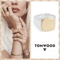 (Tom Wood)'Patriot Collection' Cushion Gold Top Signet Ring