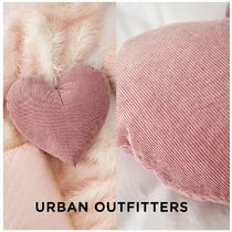 Urban Outfitters☆Corduroy Heart Throw Pillow☆ 税送込