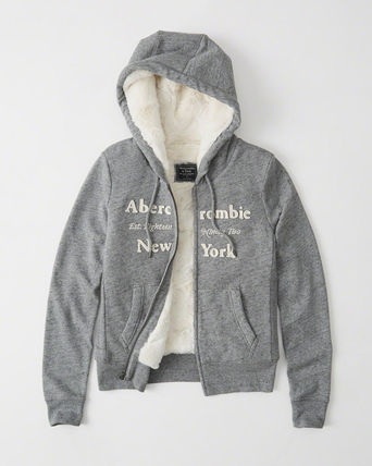 Abercrombie & Fitch スウェット・トレーナー 絶対ほしい。HERITAGE LOGO FUR-LINED HOODIE
