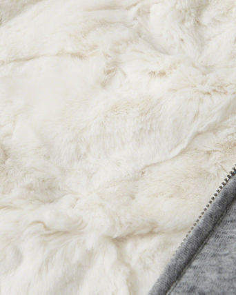 Abercrombie & Fitch スウェット・トレーナー 絶対ほしい。HERITAGE LOGO FUR-LINED HOODIE(3)