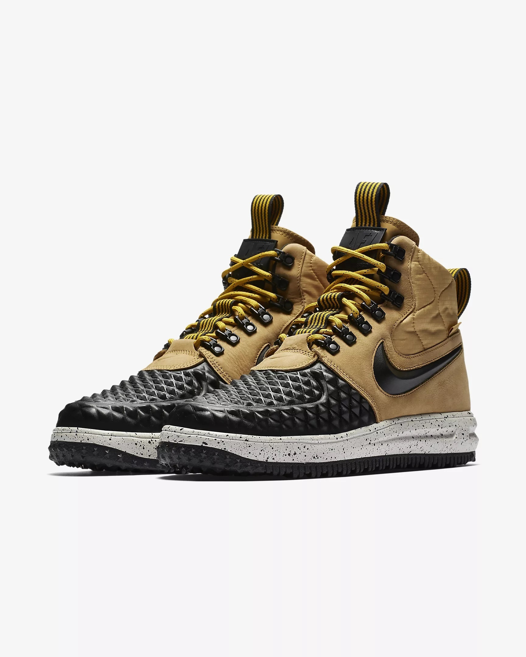 【送料込み】メンズ NIKE LUNAR FORCE 1 DUCKBOOT '17