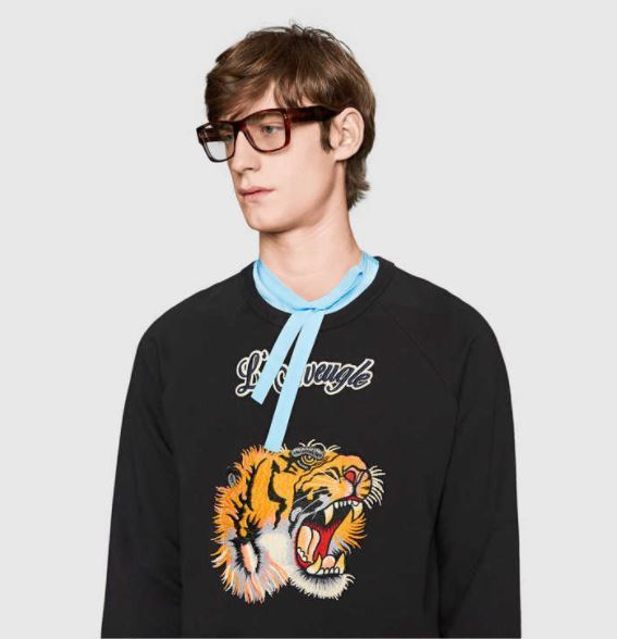 【GUCCI】Cotton sweatshirt with tiger