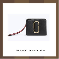 【Marc Jacobs】Snapshot Mini Compact 財布♪