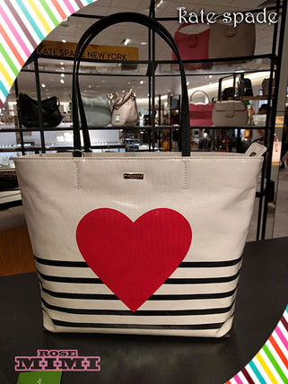 A4対応トートkate spade★YOURS TRULY HEART STRIPE HALLIE