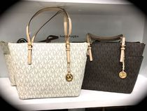 【MICHAEL KORS】JET SET ITEMラージtote☆PVCロゴ肌色ハンドル