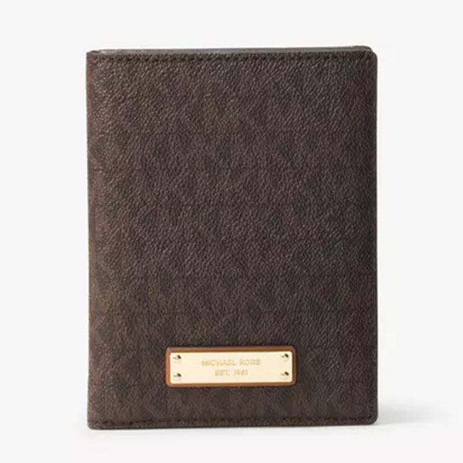 【Michael Kors】Jet Set Travel Logo Passport Wallet