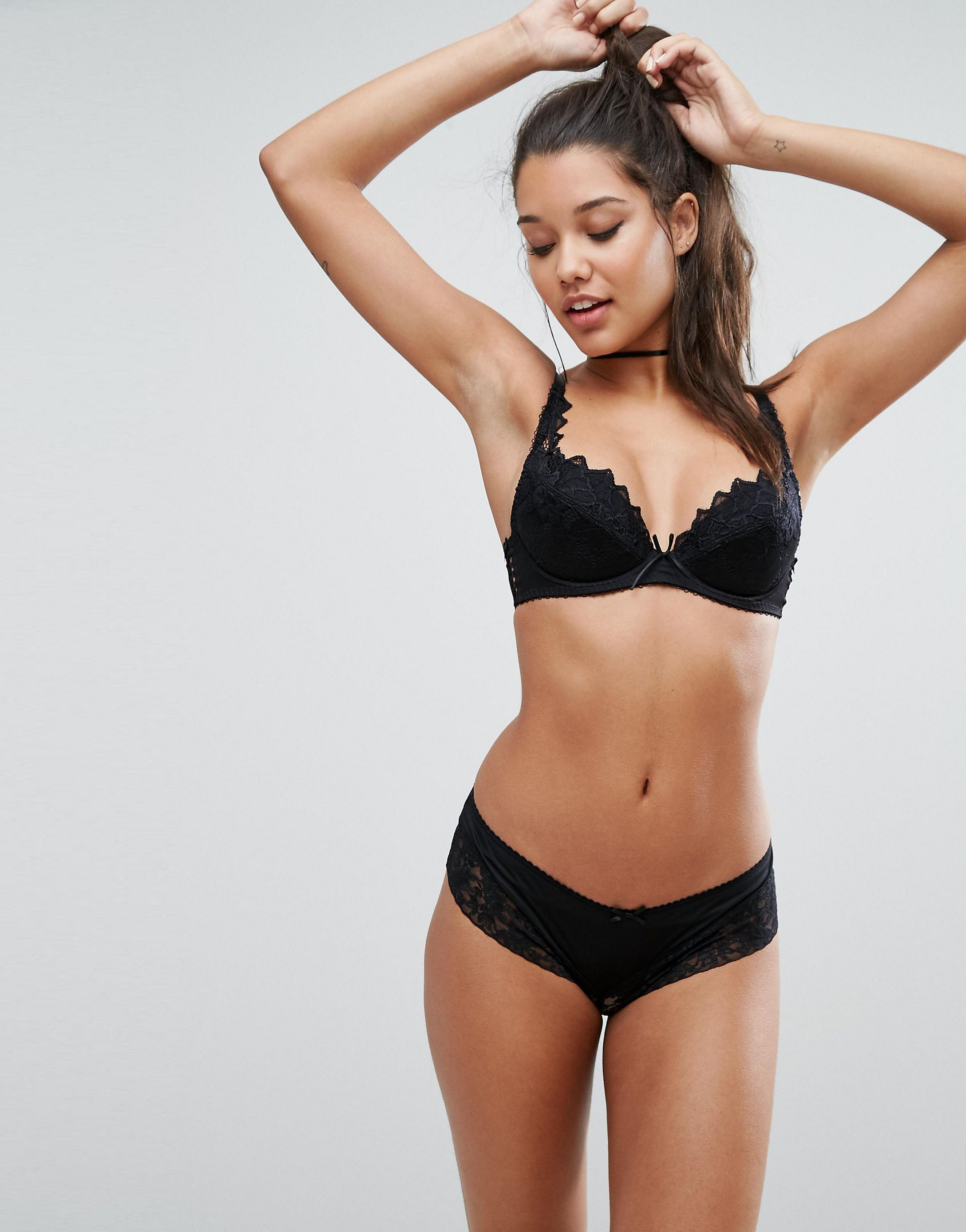 ★ASOSセレクト★Lepel Fiore Padded Plunge Bra A- E Cup