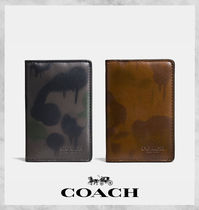 【Coach】新作! 迷彩 Card Wallet With Wild Beast Print