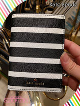 パスポートケースkate spade hyde lane stripe passport holder
