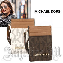 ★在庫確保★Michael Kors ID Holder 35F7GTVD5B / IDケース